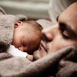 Vater und Baby.jpg